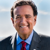 Hon. Bill Richardson